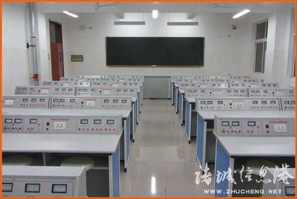明德学校物理实验室